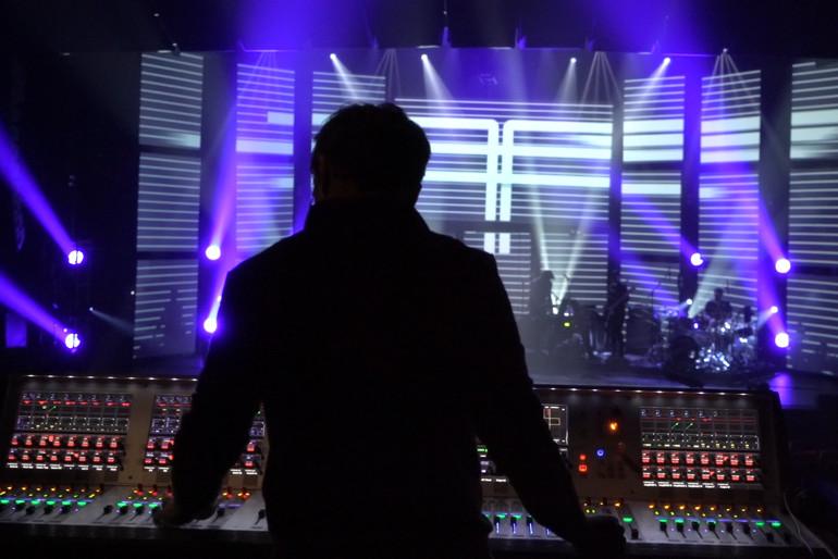 Sound_Desk_Tina_Arena_2.jpg